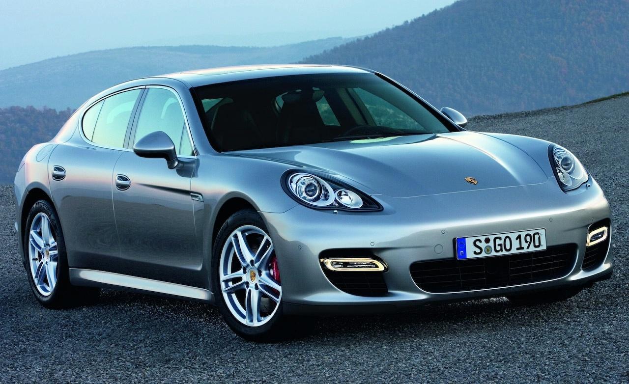 Надо строить гибриды Porsche Panamera